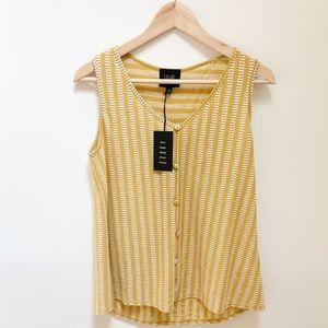 W5 mustard yellow patterned blouse M